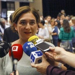 """Ada Colau: """"Il genere in politica fa la differenza. Le donne collaborano, gli uomini gareggiano"""""""