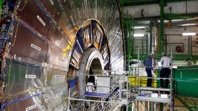 """Fisica, tra gli scienziati italiani del Cern """"Noi, a caccia della particella fantasma"""""""