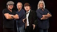 Cliff Williams, addio agli AC/DC, lo storico bassista lascia la band