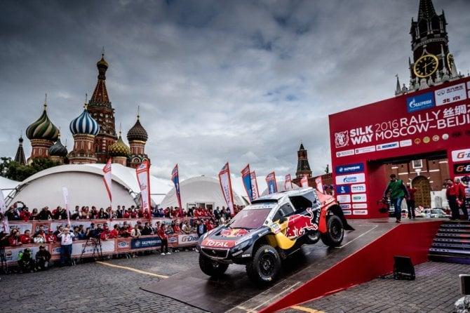Show Peugeot sulla Piazza Rossa
