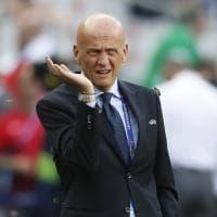 Portogallo-Francia, le falene invadono il campo