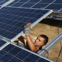 """Cinque gradi in meno, così i pannelli solari """"raffreddano"""" l'ambiente"""