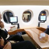 Strage Nizza, Hollande al telefono con Valls: la foto su Twitter