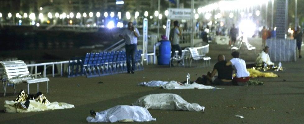 Nizza, la strage del 14 luglio. 84 morti. 50 feriti in fin di vita, molti bambini e stranieri