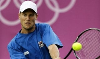 Tennis, Coppa Davis: Seppi va subito ko. Argentina avanti 1-0