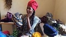 A Milano stilisti africani richiedenti asilo propongono  turbanti coloratissimi