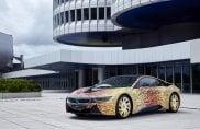L'Alfa Romeo 4C Hokusai e la BMW i8 Futurism Edition eposte a Los Angeles
