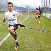 David Luiz, lo scatto confonde i tifosi: allenamento con illusione ottica