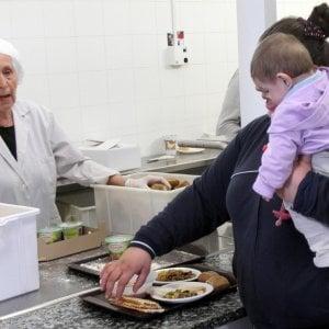 Piano contro la povertà: 320 euro al mese per un milione di persone