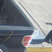 Baton Rouge, passamontagna e fucile d'assalto: Gaving Long ripreso da telecamere sicurezza
