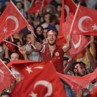 Turchia, gli ultrà dell'Islam a Istanbul: