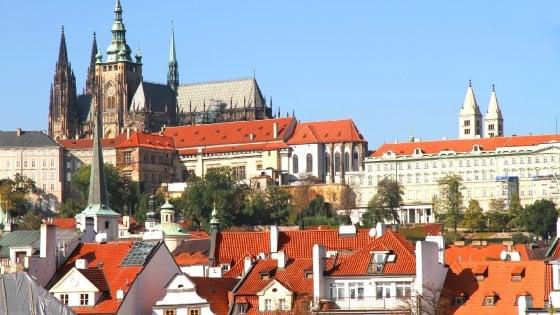 D'estate Praga è più bella  nelle strade e nelle piazze
