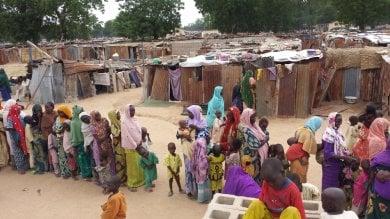 Nigeria, 500 mila persone sfollate e isolate nell'enclave fuori della città di Maiduguri