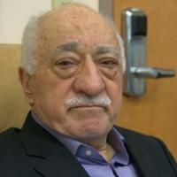 Turchia, Gülen, l'imam che spaventa il Sultano: televisioni, giornali, affari e religione