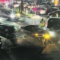 """Nizza, l'accusa sulla sicurezza: """"Una sola auto all'ingresso della Promenade"""""""