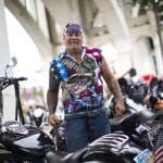 A Cleveland il popolo che ama Trump: biker, camionisti e cowboy