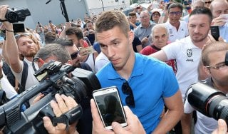 Juventus, Raiola: ''Pogba? Tanto bla bla bla...''. Pjaca, visite e firma