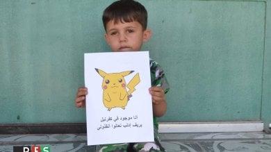 I bimbi siriani come Pokémon Go ''Trovateci e salvateci'' -  le immagini