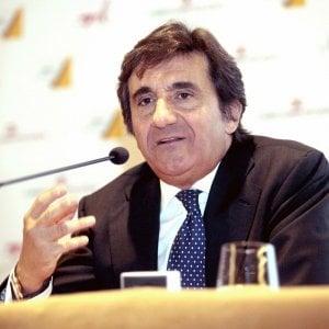 """Rcs, le banche rinunciano a chiedere il rimborso. Consob: """"No sospensione Opas di Cairo"""""""