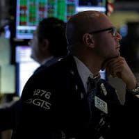 Le Borse poco mosse dopo i massimi. Contraccolpo Brexit sui Pmi della Gran Bretagna
