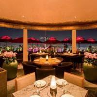Singapore, commensali per la cena più cara del mondo cercasi: costo 2 milioni di $ a coppia