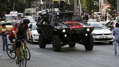 """Turchia, Erdogan attacca: """"Pronti a estendere lo stato d'emergenza"""""""