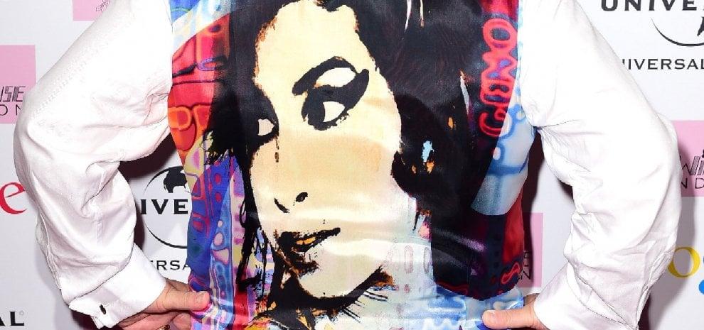"""Amy Winehouse, cinque anni senza """"the voice"""": l'omaggio tra memoria e speculazione"""