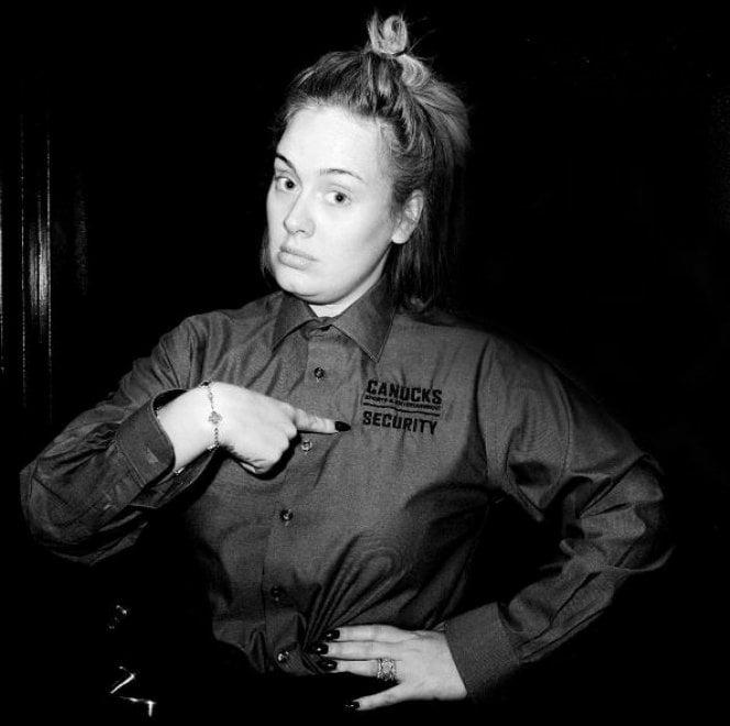 Adele rinuncia al make-up: la cantante posa su Instagram senza trucco