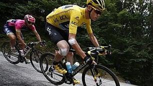 Tour de France: Nibali sfiora l'impresa, Aru crolla. Froome sigilla la gialla