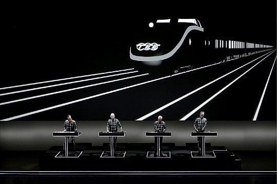 Kraftwerk in 3D all'Arena di Verona: fra le pietre millenarie un grande circo hi-tech