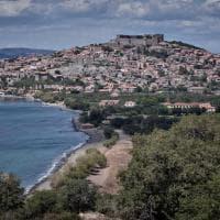 Lesbo senza turisti a un anno dagli sbarchi