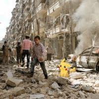 Siria, a caccia di Pokémon nel Paese in guerra: l'artista crea un mondo surreale tra le macerie