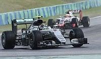 Hamilton domina: è vetta mondiale. Vettel è quarto