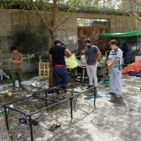 Iraq, attacco kamikaze a Bagdad: le immagini della zona colpita