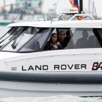 Gb, William e Kate velisti per un giorno: la visita all'America's Cup