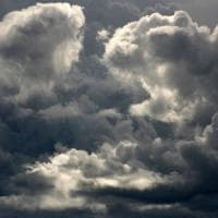 Meteo, caldo con le ore contate: in arrivo pioggia e vento. Ma nel weekend torna il sole