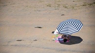 Il caldo ha le ore contate   le previsioni   in arrivo pioggia e vento su tutta Italia