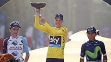 Parigi incorona Froome E' il tris al Tour   foto   A Greipel l'ultimo sprint  di LUIGI PANELLA