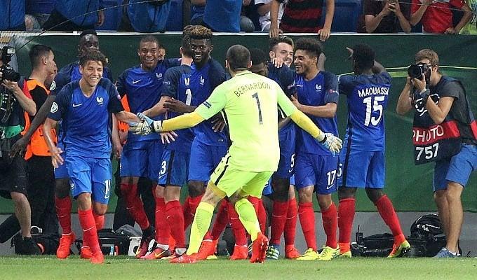 La Francia è troppo forte  Italia crolla in finale: 4-0   ft