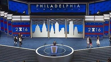 Usa, vigilia di convention democratica  Bloomberg appoggia Hillary   livetweet