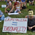 Usa, i 'socialisti' pro-Sanders in strada a Philadelphia
