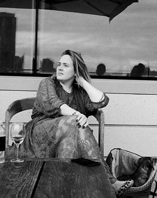 Adele senza trucco su Instagram