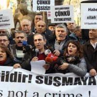 Turchia, stretta sui media: arrestati 42 giornalisti accusati di sostenere Gulen