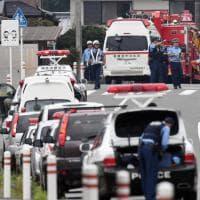 Giappone, uomo armato di coltello fa strage in un centro per disabili