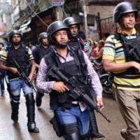 Bangladesh, blitz contro militanti Is a Dacca. Nove uccisi