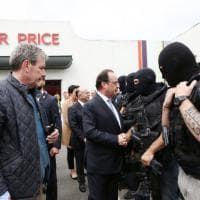 Francia, attacco chiesa: l'arrivo di Hollande a  Saint Etienne du Rouvray