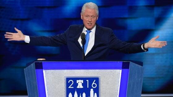 """Convention dem, Bill Clinton: """"Hillary cambia le cose davvero, altri promettono un cartone animato"""""""