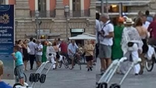 Madonna a spasso per Lecce  Mimetizzata tra i turisti   / Social