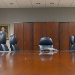 Quando il capo è fuori di testa, i dipendenti salvano l'azienda