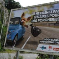 Belgio, maiale lancia immondizia da Fiat 500: fan club italiano in rivolta, campagna ritirata